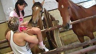 Deceitful girlfriend Grainy Happiness enjoys while her boyfriens licks her clit